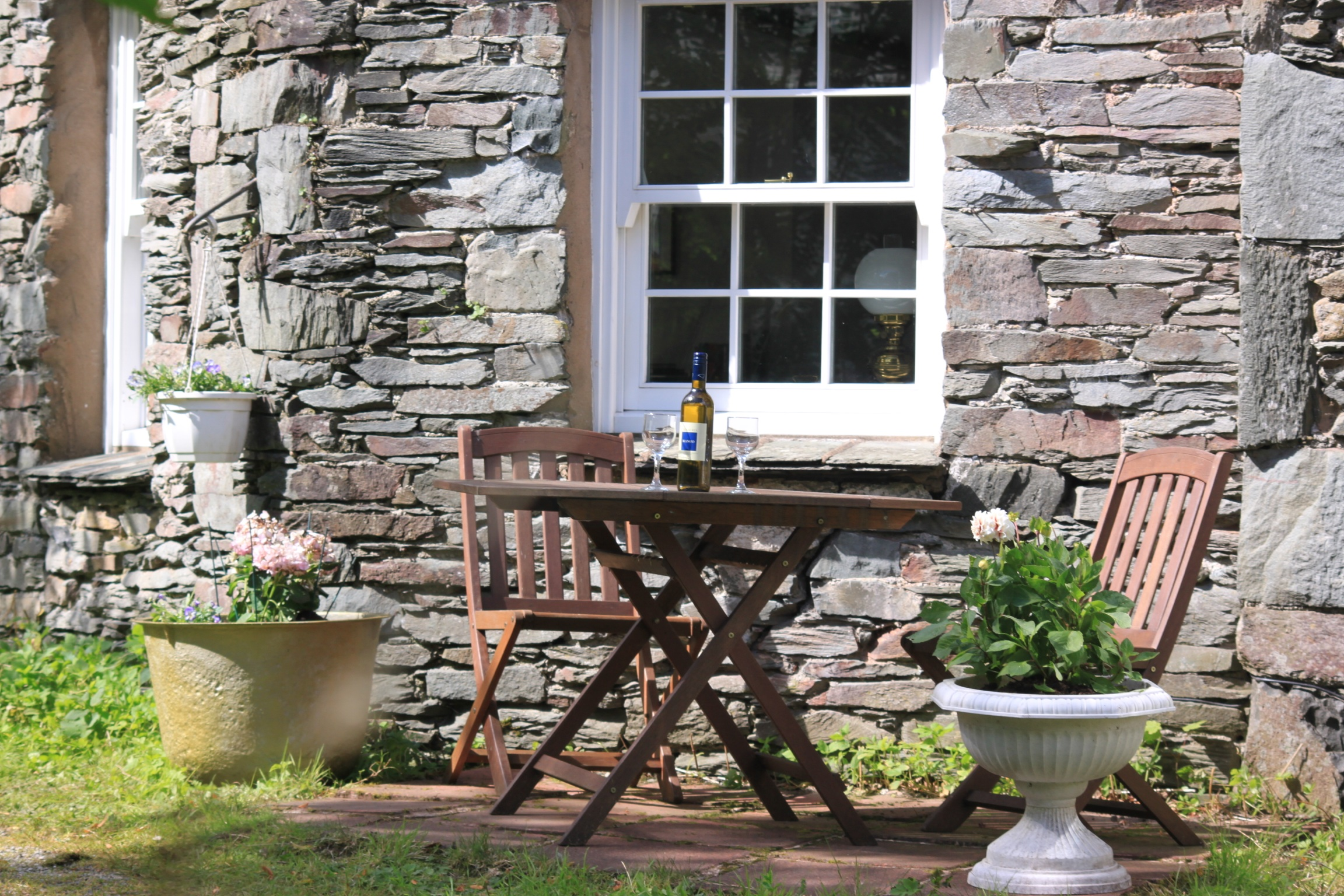 dovedale_patio